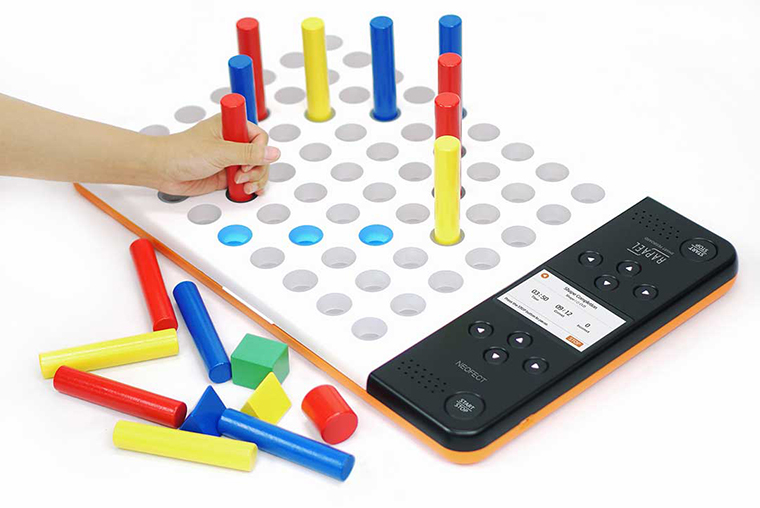 neofect_smart_pegboard