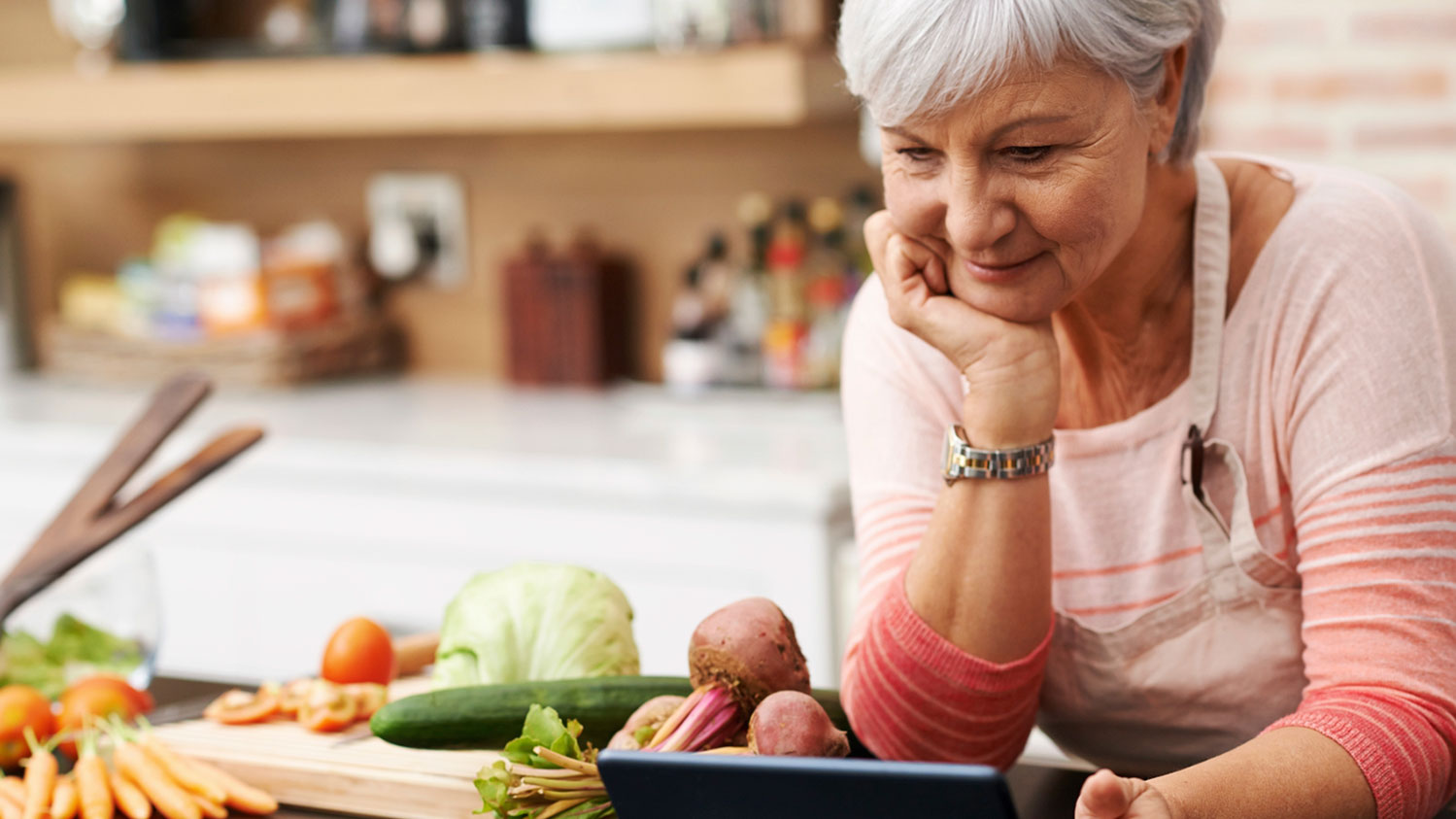 Sixty-and-Me_15-Healthy-Eating-Tips-for-Women-Over-60