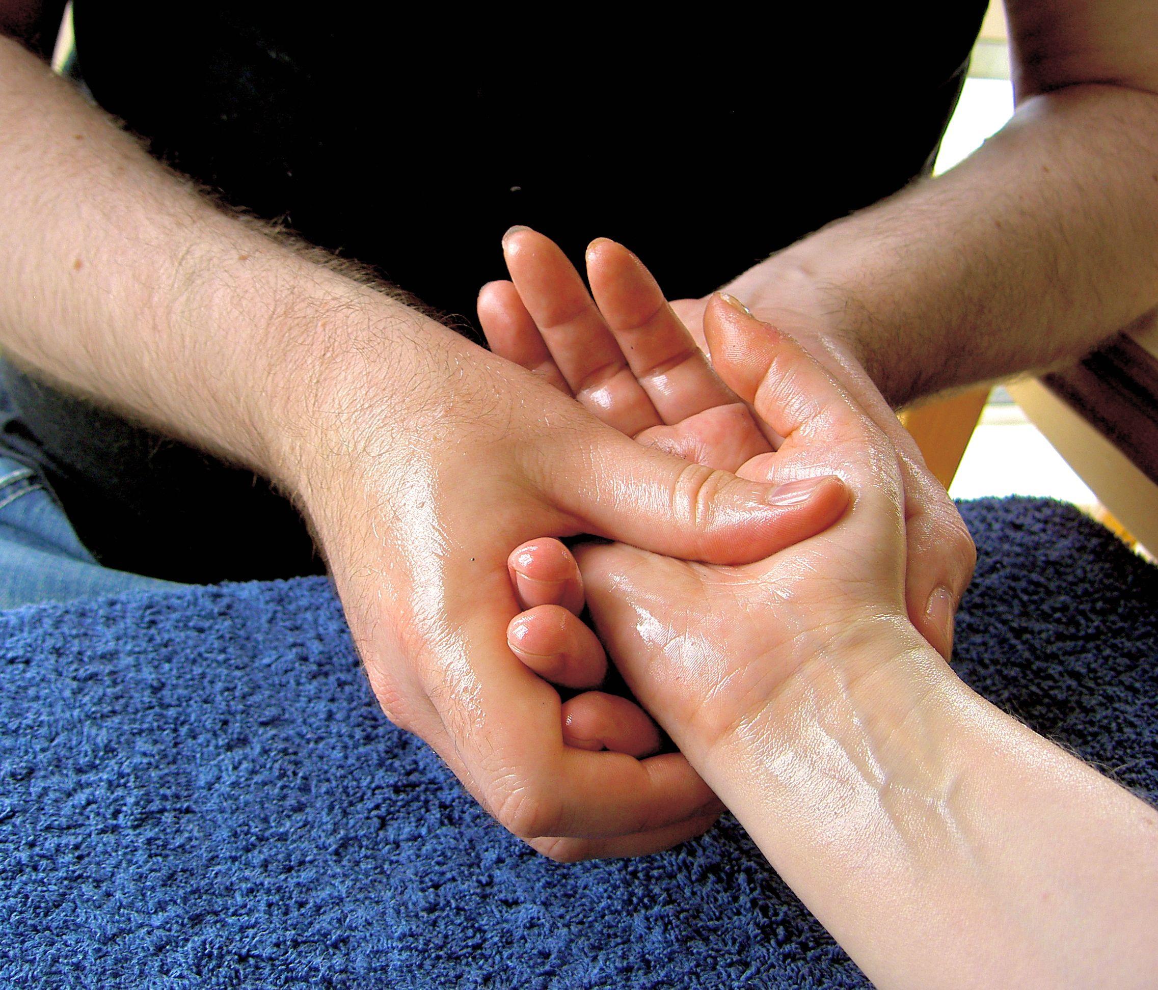 Massage-hand-4--1-
